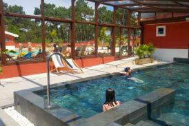 Campings con piscinas cubiertas o spa